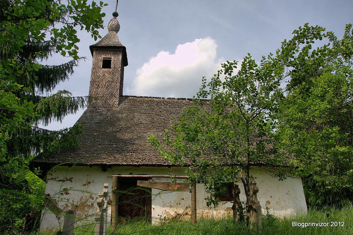 biserica_povergina_2_resize