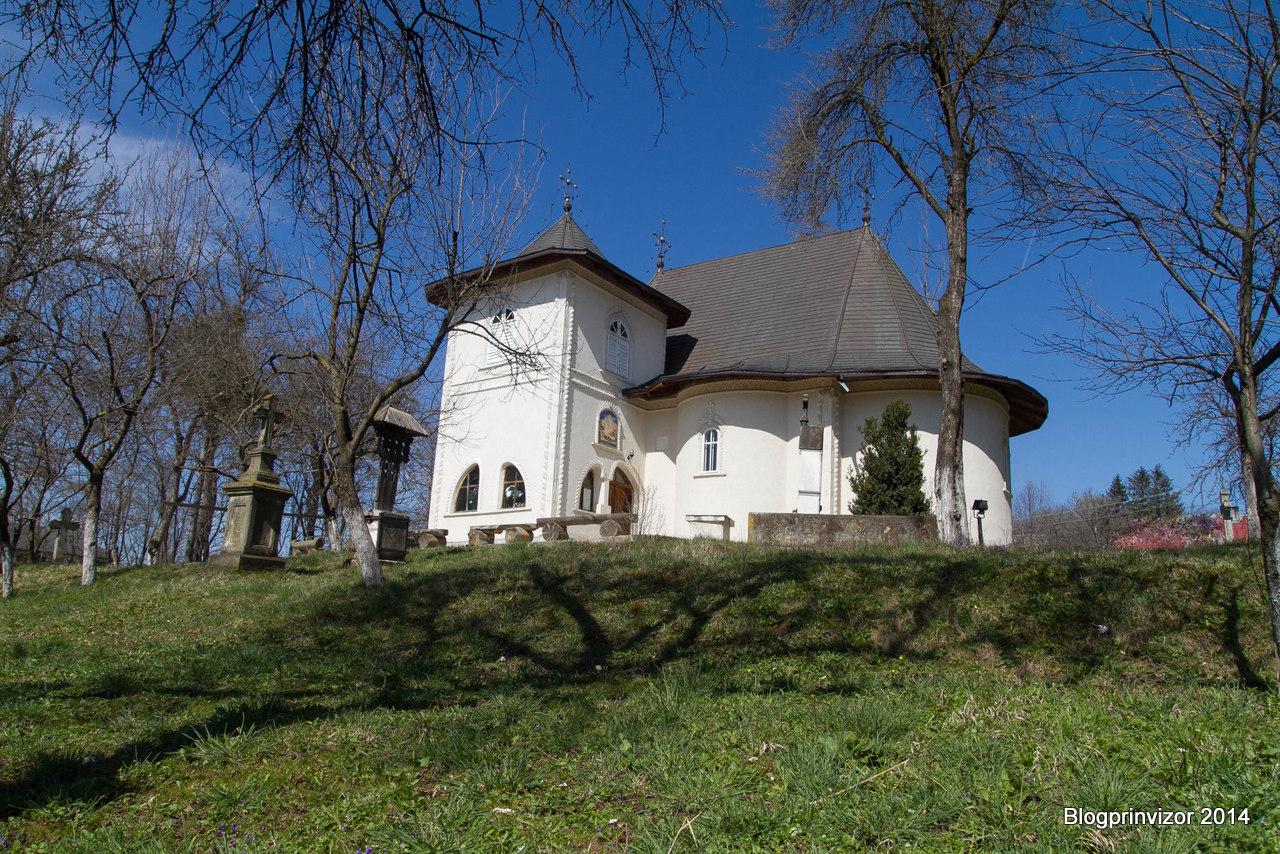 biserica_comanest-1