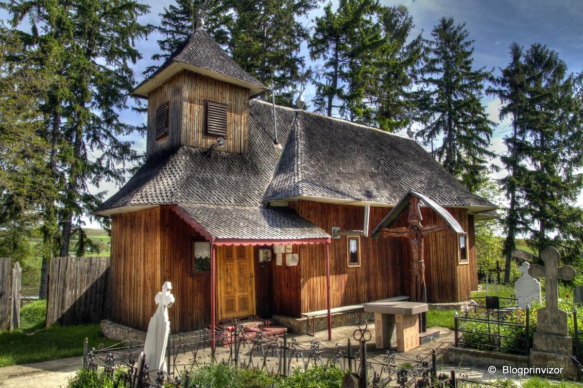 Biserica de lemn din Cășăria, comuna Dobreni